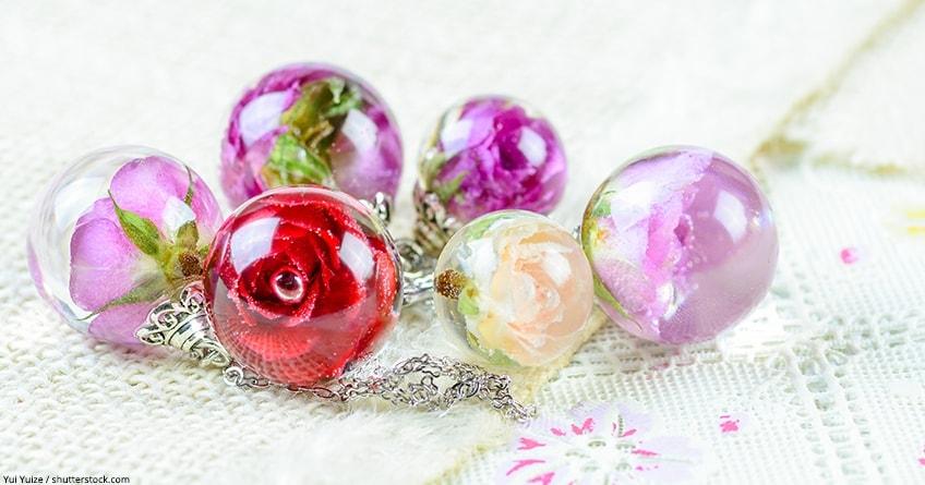 resina trasparente per gioielli