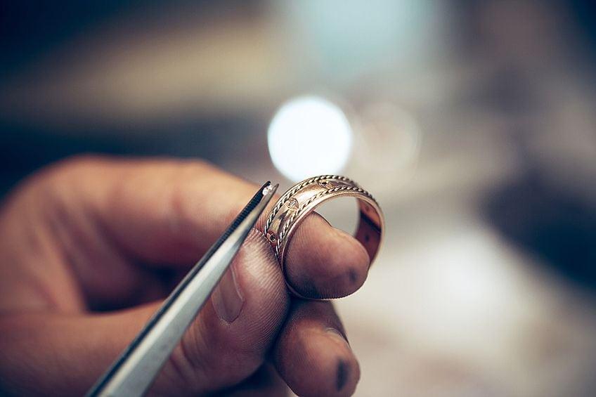 Jeweler's Glue
