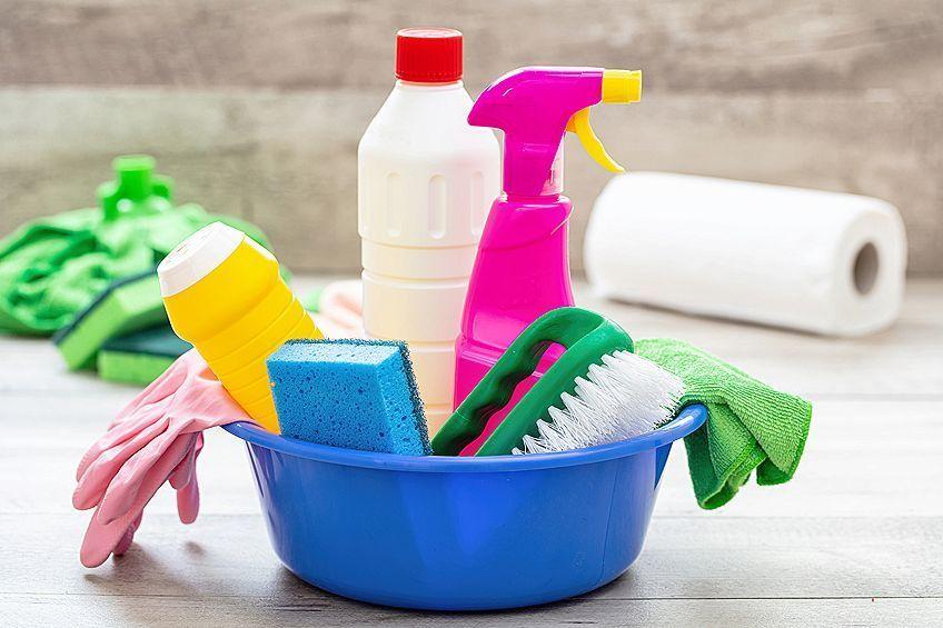 Household Glue Cleaner